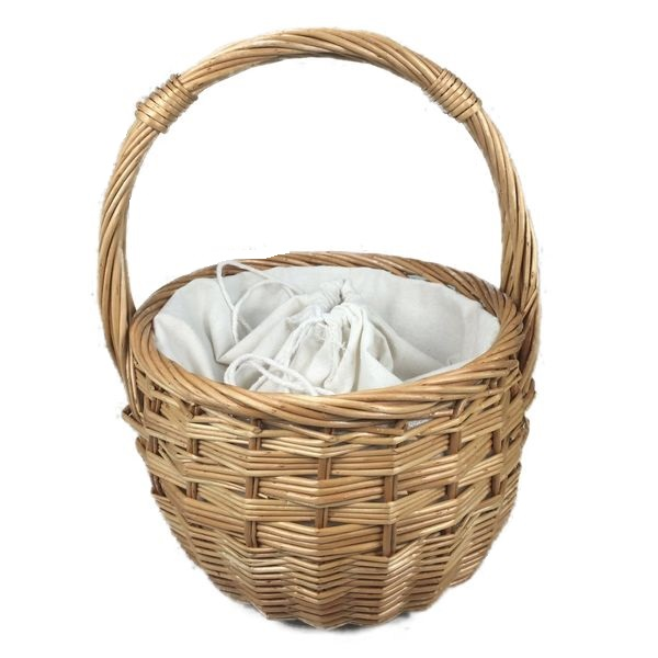 Natural wicker basket bag